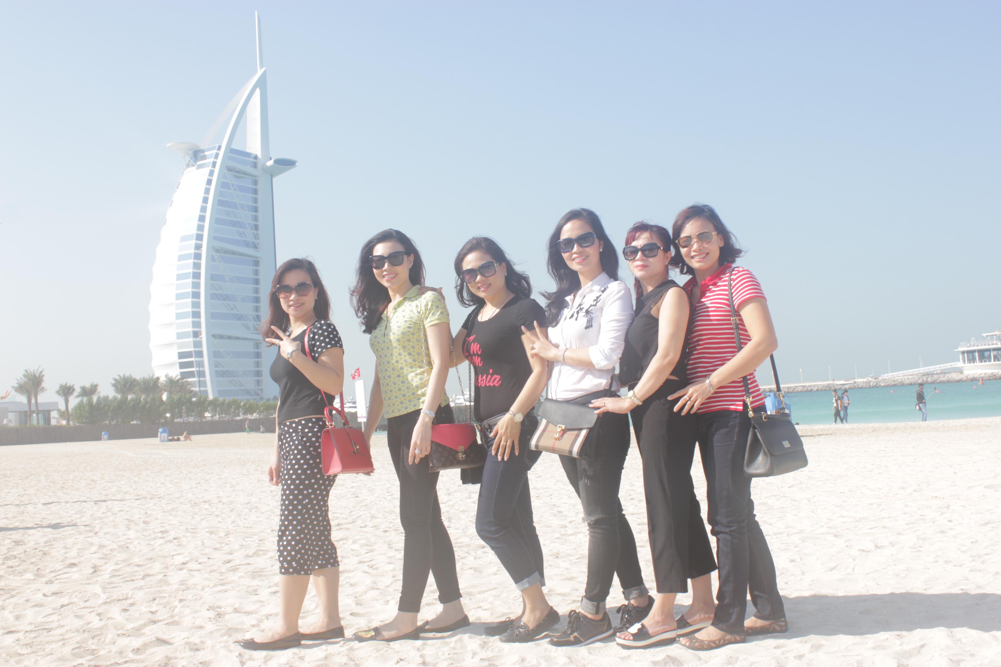 Một số hình ảnh đoàn đi Dubai tháng 12/2015