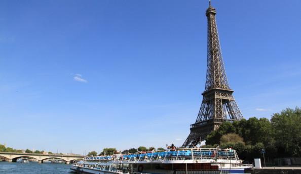 PARIS CHÂU ÂU