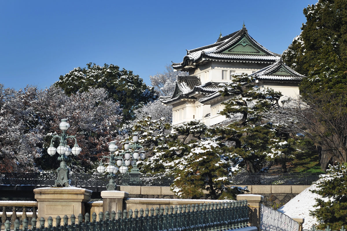 imperial_palace_in_snow_4