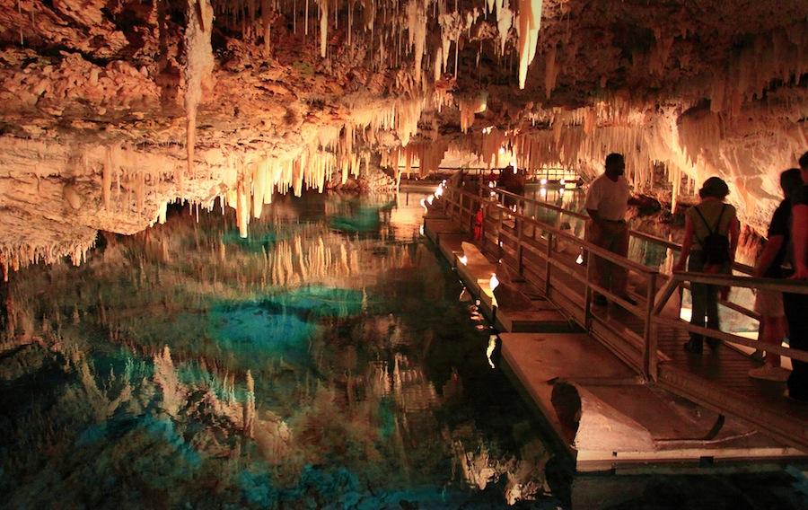 bermuda-cuevas-cristal-hamilton