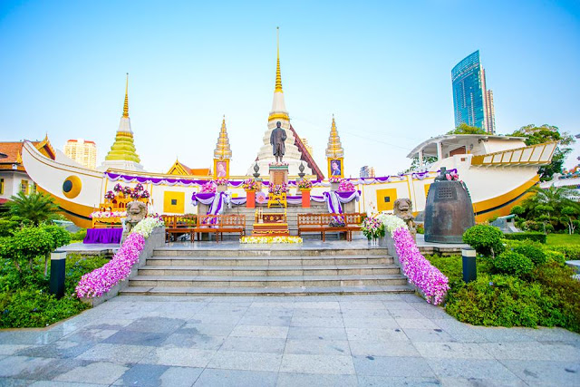 ve-may-bay-di-bangkok-wat-yannawa1