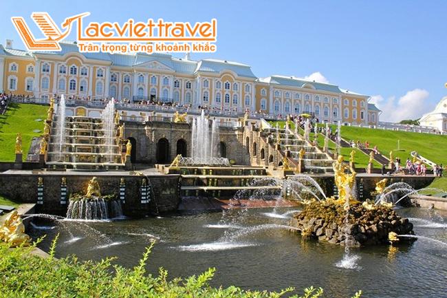 Cung Điện Mùa Hè (Peterhof)