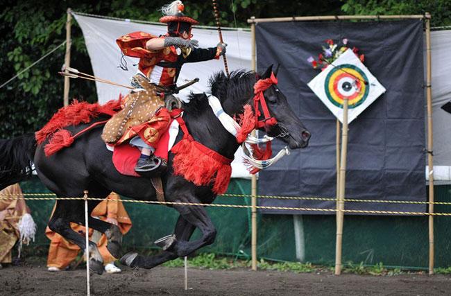 Mãn nhãn lễ hội Yabusame hơn 1000 năm lịch sử khi đi du lịch Nhật Bản giá rẻ