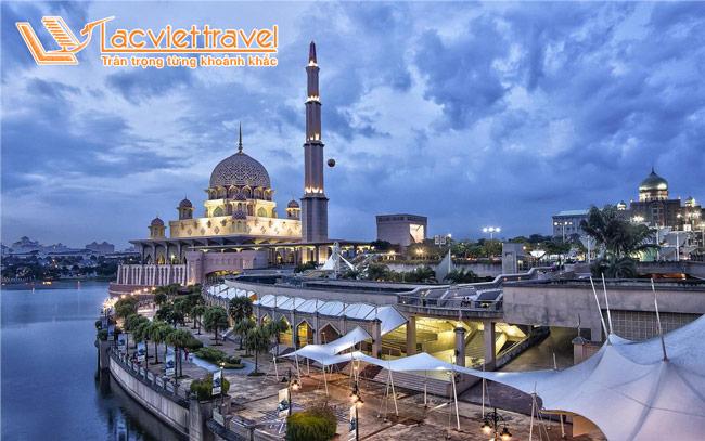 Thành phố mới New Putrajaya