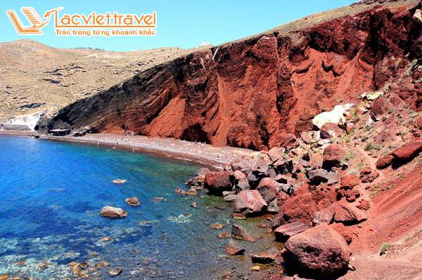 Du lịch Santorini đừng quên ghé thăm biển đỏ