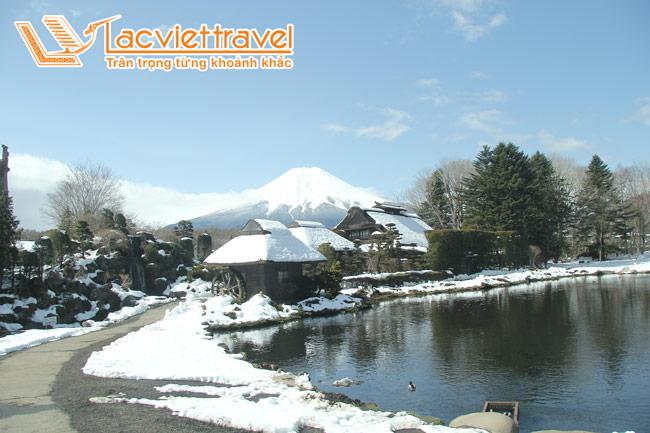 Hè này nóng lắm, đến núi Phú Sỹ để ngắm tuyết thôi!