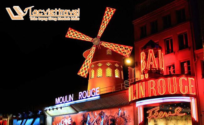 Show diễn Cối Xay Gió Đỏ Moulin Rouge