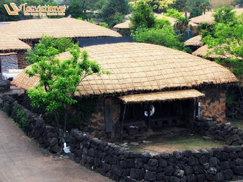 làng cổ Seongeup