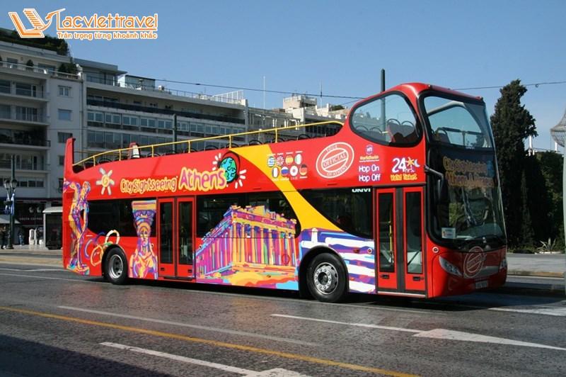 Xe bus - Kinh nghiệm du lịch Hy Lạp giá rẻ