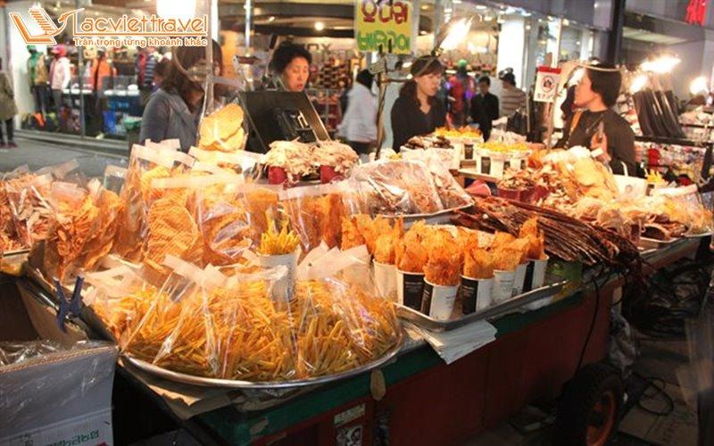 4 Khu Chợ Mua Sắm Bạn Không Thể Bỏ Qua Khi Khám Phá Seoul