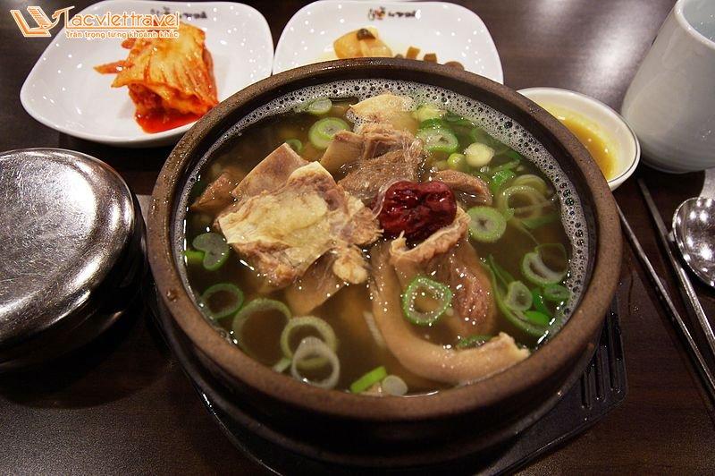 Món Ăn Hàn Quốc Mùa Đông Canh Sườn Bò Du Lịch Hàn Quốc