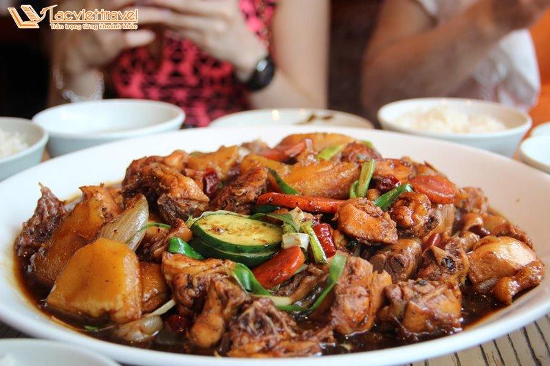 Món Ăn Hàn Quốc Mùa Đông Miến Gà Hầm Du Lịch Hàn Quốc