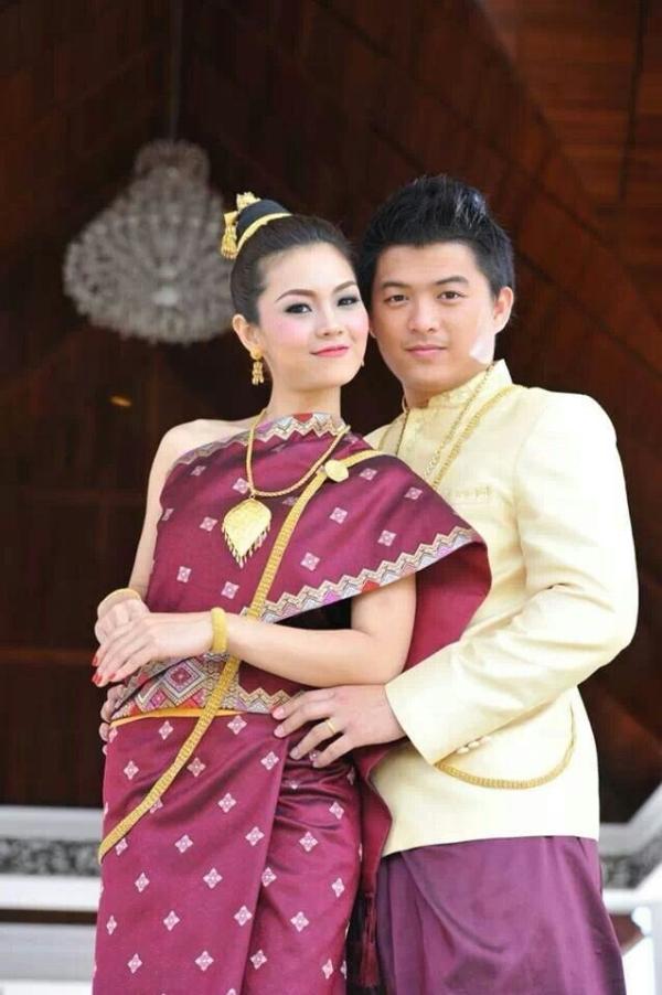 Du lịch và khám phá 10 trang phục Tết truyền thống đẹp của các ...